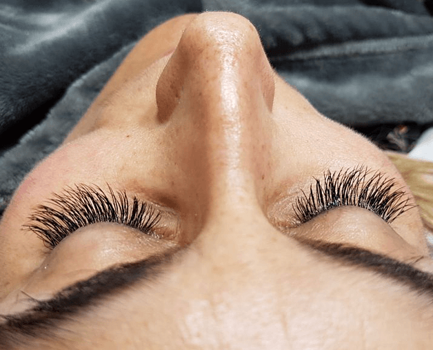 Where to Get Eyelash Extensions in London UK